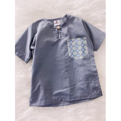 Kurta England Cotton-Fossil With Blue Batik Printed Pocket